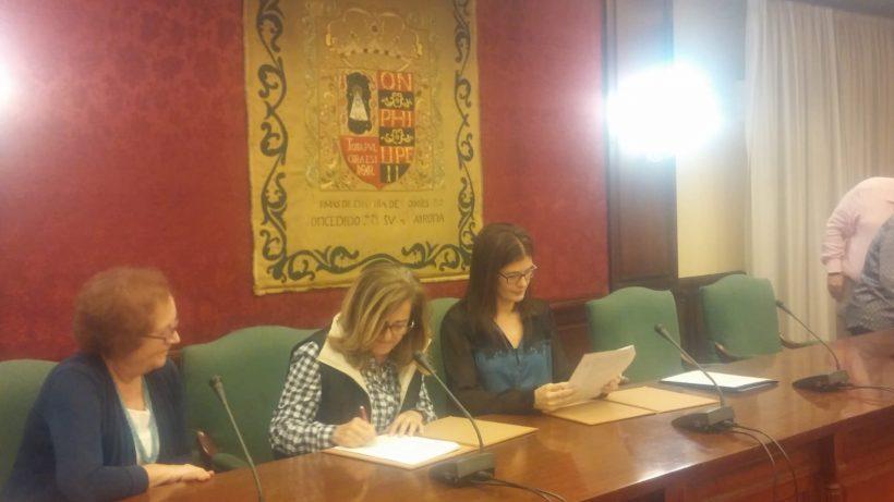 Firma del Convenio de Colaboración entre el Excelentisimo Ayuntamiento de Móstoles y Amdea (1)